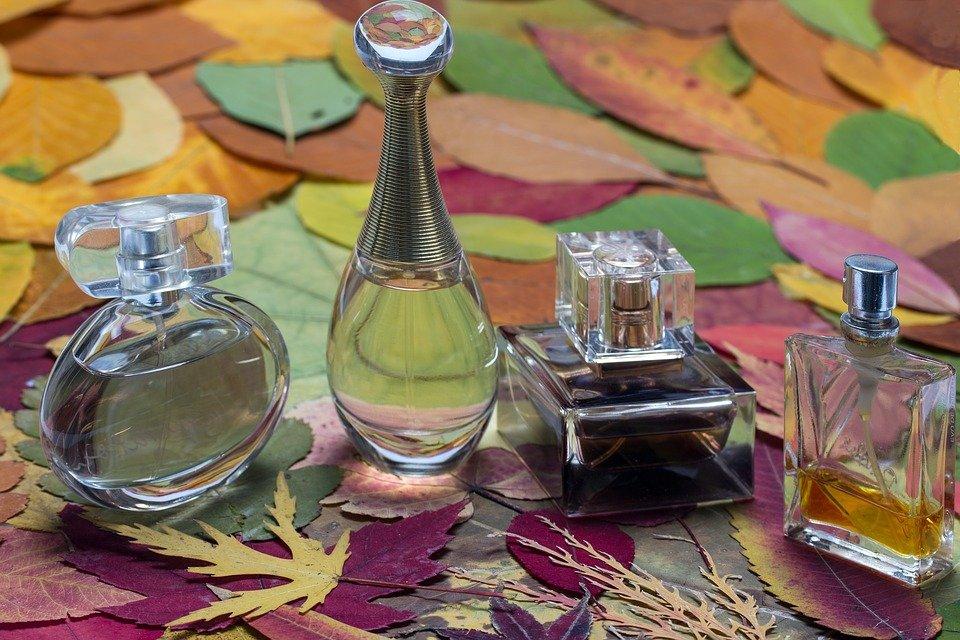 Пять признаков того, чтоваши духи— подделка