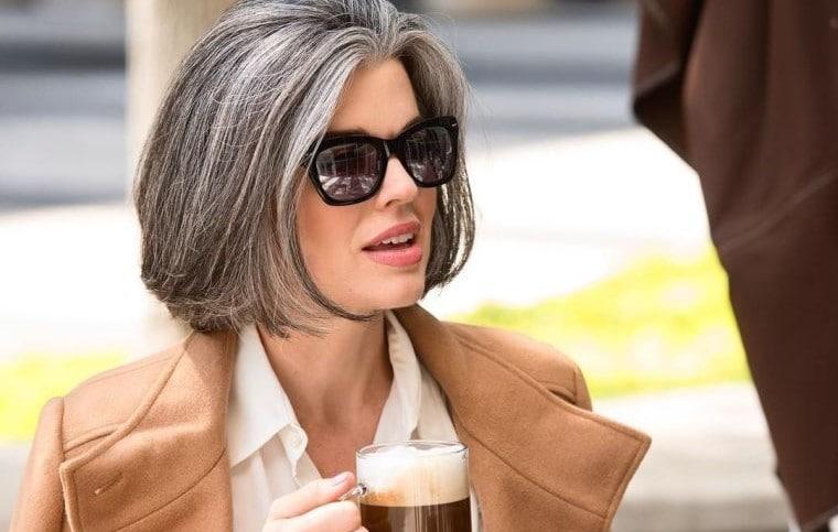 3стильные стрижки дляженщин сседыми волосами, которые помогут выглядеть молодо